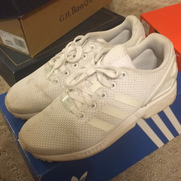 the latest be1fa 4c389 Adidas ZX Flux